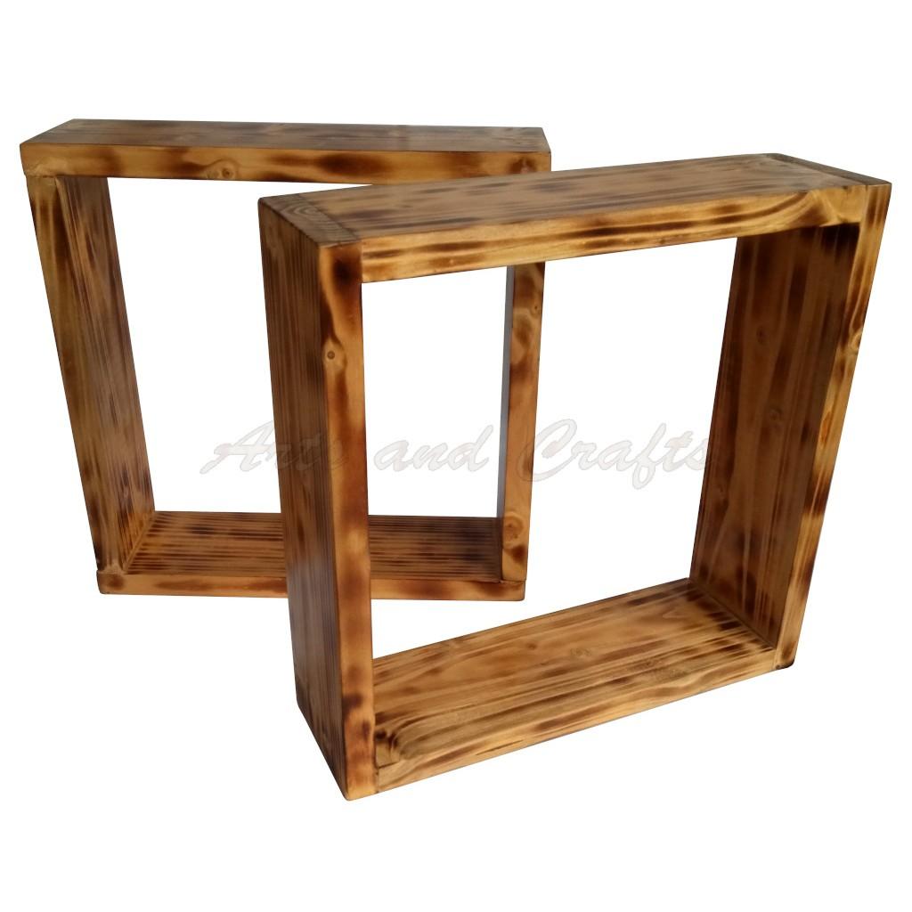 Raft patrat de perete, din lemn